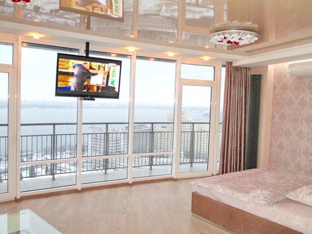 Премиум видовые в Мост Сити. Центр. Джакузи. 2к.  21 этаж. Балкон