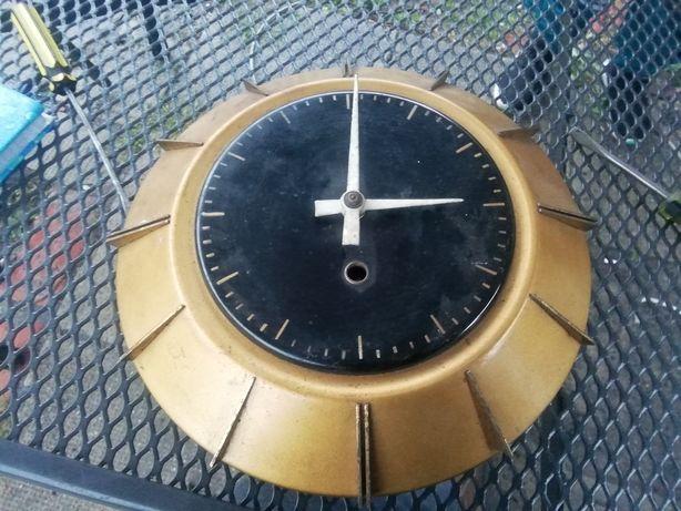 Stary zegar zakłady Jubilerskie