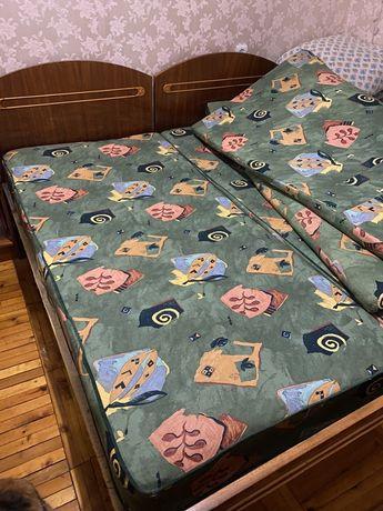 Матрасы для двуспальной кровати или для двух полуторных