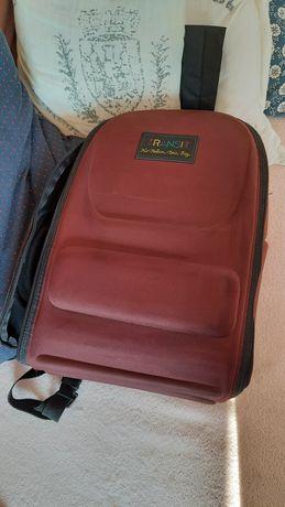 Plecak typu samsonite