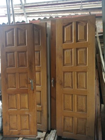 Двері дубові