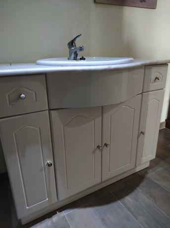Móvel de casa de banho com lavatório + Torneira
