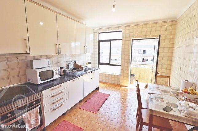 Apartamento T4+1 Águeda Centro - Garagem e Arrumos!