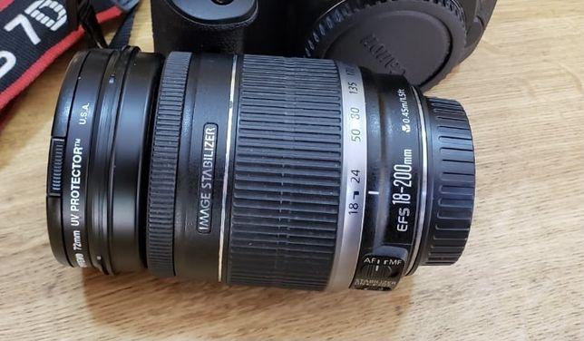 Lente Canon EF 18-200mm f/3.5-5.6 IS com filtro de proteção UV
