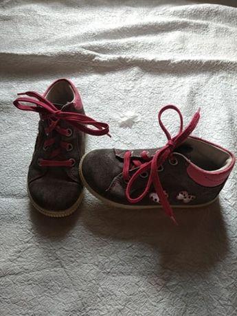 Кеды кожаные кеды. ботинки. ботиночки. демисезонные ботинки.superfit