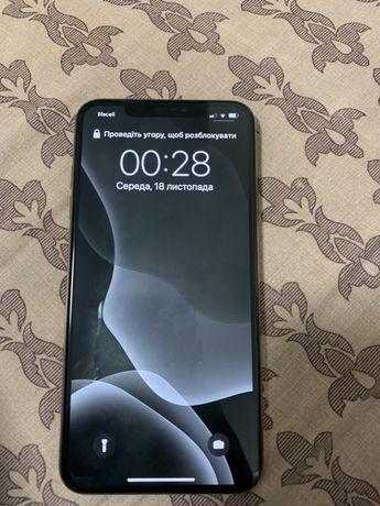 Продам айфон XS Max 64 ГБ