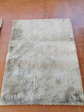 2 carpetes /tapetes grandes