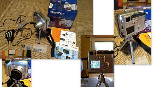 Aparat cyfrowy OLYMPUS C-725 Ultra Zoom