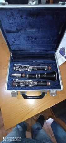 Clarinete modelo ACL 311