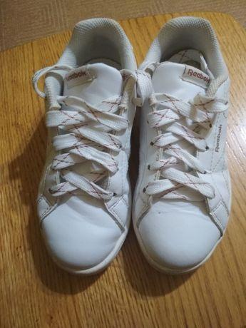 Кросівки Reebok  для дівчинки.
