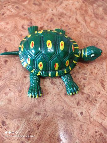 Черепаха игрушка для детей.