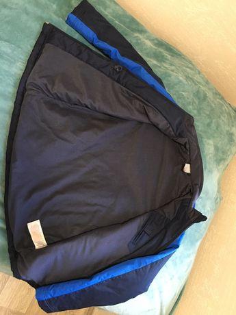 Продам оригинальную курточку на подростка Nike