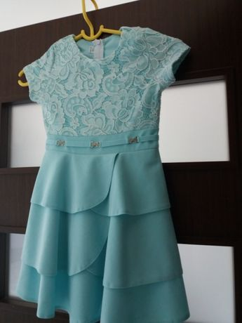 Sukienka piękna miętowa 128