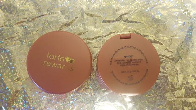 Roz TARTE  kolor quirky 1.5g