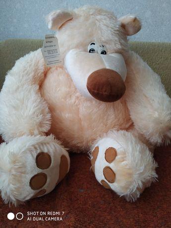 Ведмедик іграшка