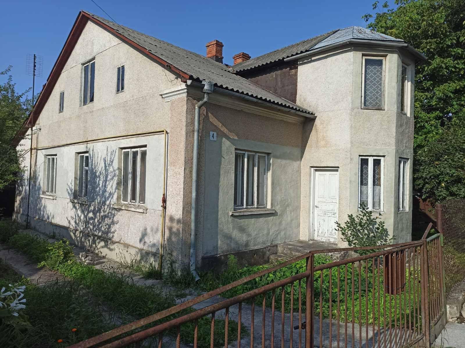Терміново продаю будинок в Радехові