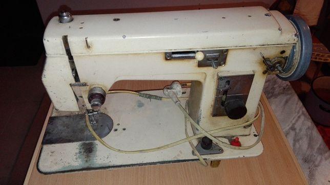 Maszyna do szycia Łucznik 432 - napęd nożny