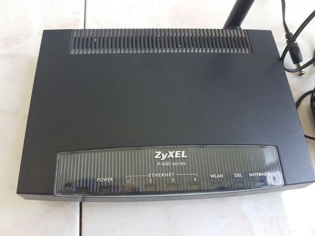 Wi-Fi роутер Zyxel P-600