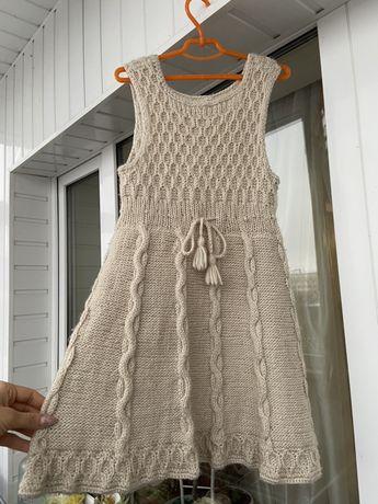 Вязаный сарафан / платье для девочки ручной работы
