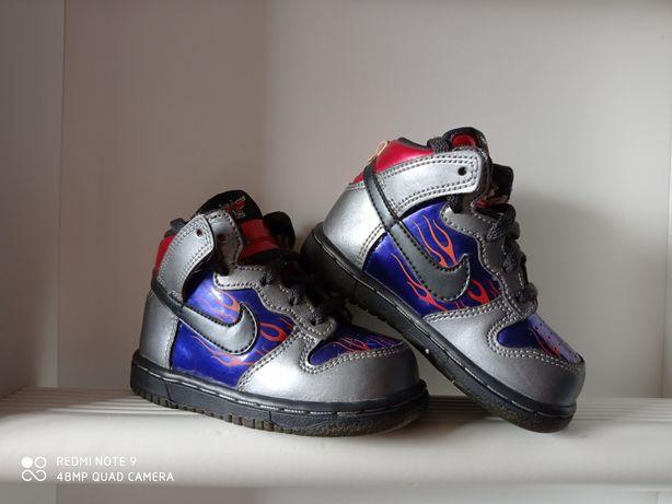 Nike Dunk High ND r. 22