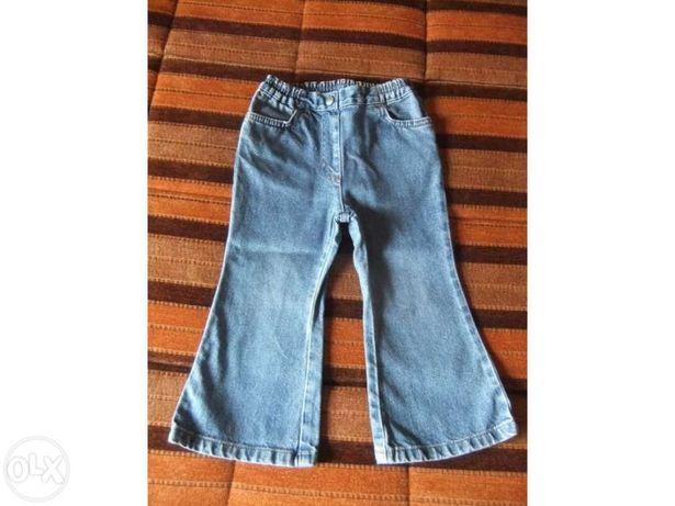 Lote de calças para menina de 2 - 3 anos