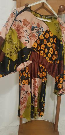 Vestido florido Zara