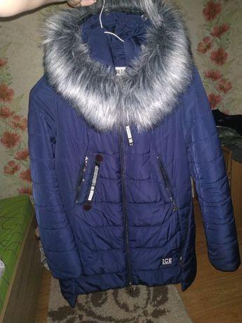 Курточка зимняя 48 размер