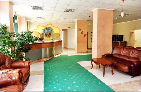 Номер в гостинице ВДНХ Васильковская Голосеевская 10 минут пешком.