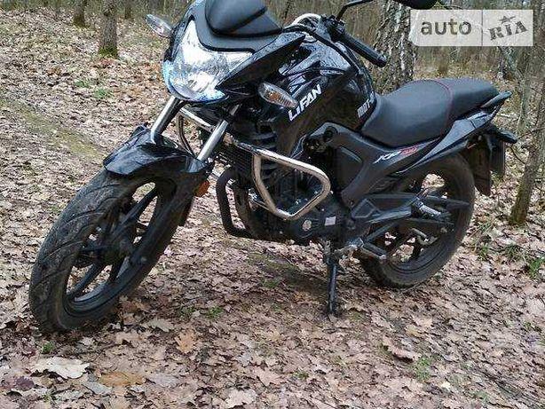 Мотор по запчастинах від мотоцикла Ліфан кп200 10-B Lifan kp200