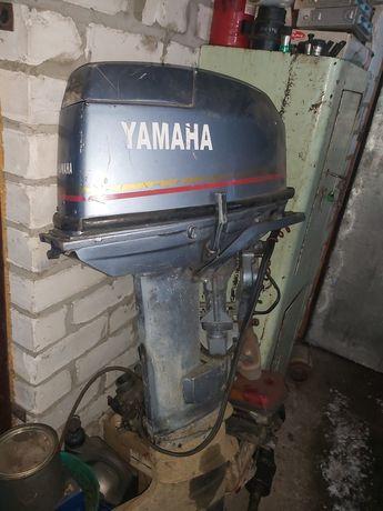 Продам Yamaha 30 лодочный мотор