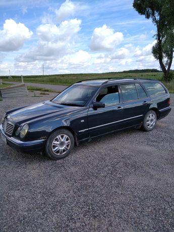 Mercedes E290 TD 2.9 td 95kw 129km automat Avantgarde