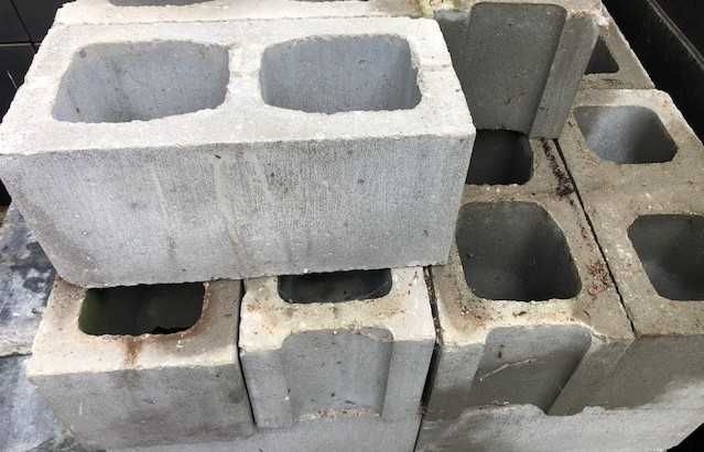 Bloczek Pustak betonowy 390x190x190 mm TeknoAmerBlok