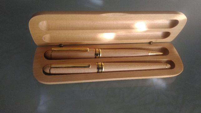 caneta de aparo + esferográfica ( revestimento em madeira )