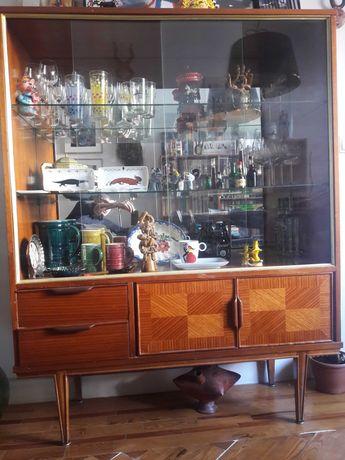 Móvel/Cristaleira vintage