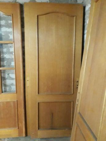 Двери б/у шпонированные