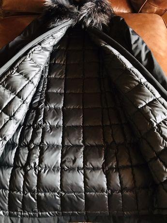 Пальто-пуховик «MONCLER» , Оригинал .