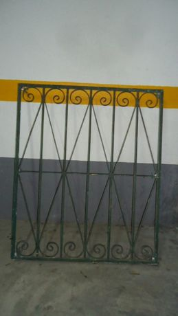 Grade em Ferro 120 cm x 100 cm