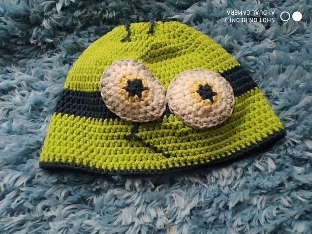 Детская вязанная шапка
