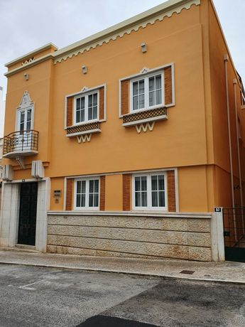 Casa Amarela - Faro - 4 Quartos com 2 camas single