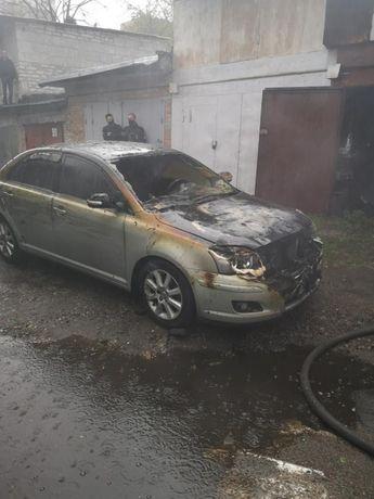 Toyota Avensis 2008 после пожара