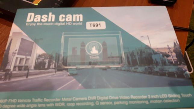 АВТОреєстратор DASH  cam T691