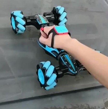 Трюковая,Биг Фут машинка-перевертышь, управление от руки + пульт