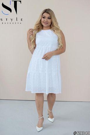 Біла батистова сукня