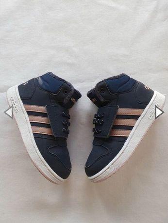 Високі кросівки adidas