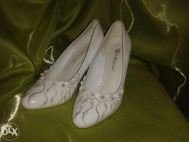 Свадебные туфли, в хорошем состоянии