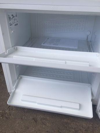 Продам морозильну камеру