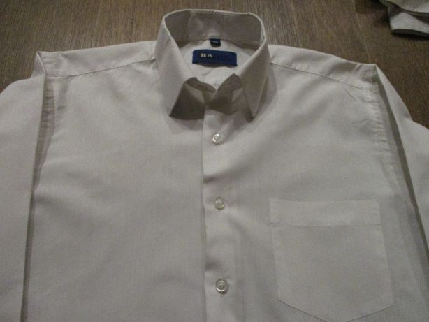 белые рубашки TM BAGIN (Польша) р. 30 и р. 33