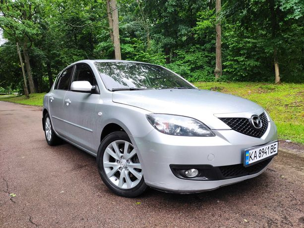 Продам Mazda 3 1.6