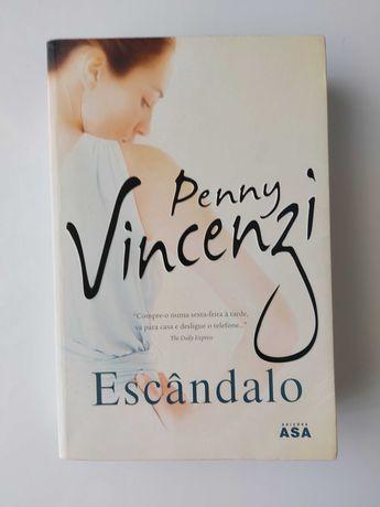 "Livro ""Escândalo"" de Penny Vincenzi"