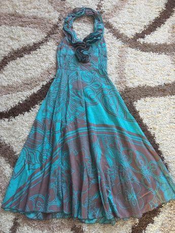 Сарафан женский, платье в отличном состоянии. Размер S-M(38)